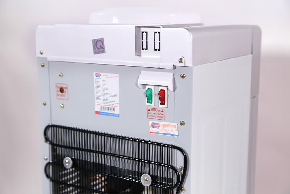Cây nước nóng lạnh SUNHOUSE SHD9628 003