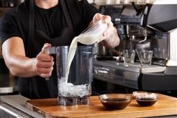 Quán cà phê, quán nước nên chọn máy xay sinh tố nào là chuẩn nhất?
